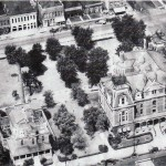 Courthouse Square 1930's